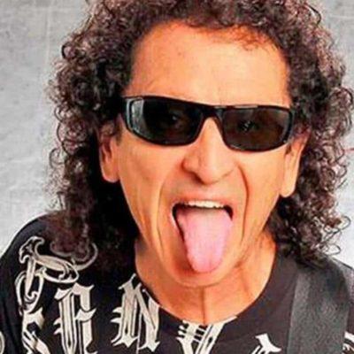 LLama AMLO 'rockero conservador' a Alex Lora y dice preferir a John Lennon