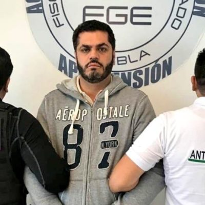 NO LLEGÓ A SU BODA: Previo a contraer nupcias, detienen en el AICM a Felipe Patjane, alcalde de Tehuacán