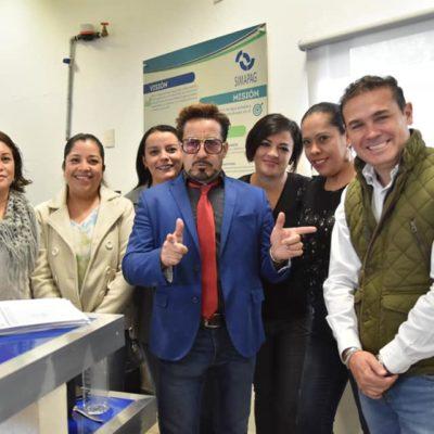 FOTOS | El 'doble mexicano' de Tony Stark recibe trato de 'estrella' en Guanajuato