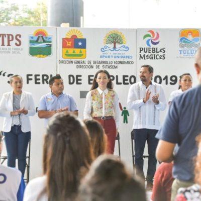 "Ofertan 800 vacantes en 30 empresas durante la ""Tercera Feria del Empleo"" en Tulum"
