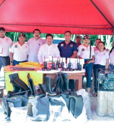 Elementos de Protección Civil de Tulum reciben equipo para atender a la población durante temporada de lluvias