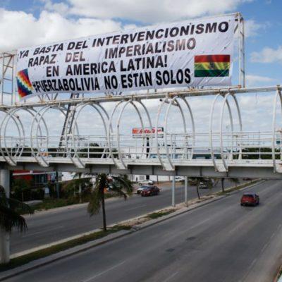 Se manifiestan ciudadanos en Cancún en apoyo a Bolivia, a Evo Morales y Andrés Manuel López Obrador