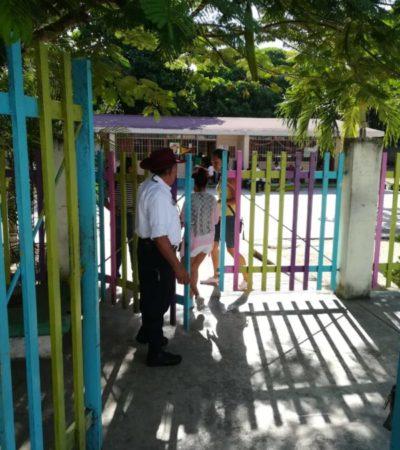 Lleva Don Felipe Méndez cinco años vigilando y ayudando a maestros y alumnos de jardín de niños en Playa del Carmen