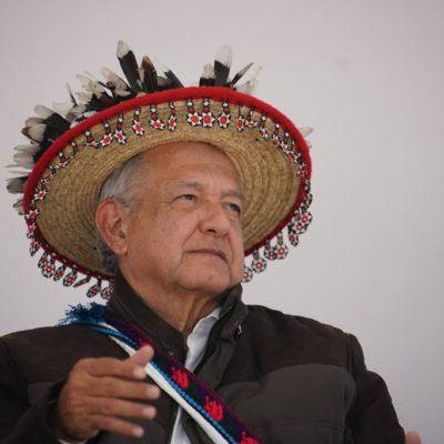 ACUSAN 'RACISMO' PRESIDENCIAL: Reparte AMLO apoyos diferentes para 'indígenas' y 'mestizos' y provoca una ola de repudio en redes