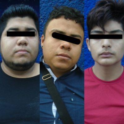 Detienen a cinco sujetos con marihuana y 15 cartuchos en la Sm 219 de Cancún