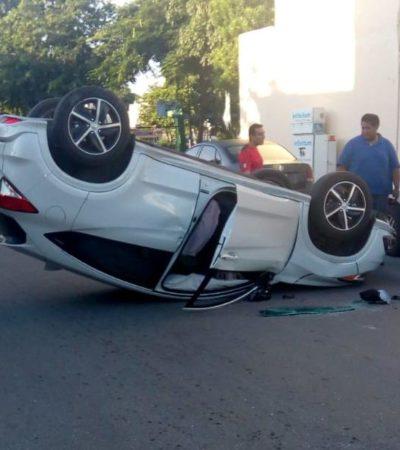 Conductor sale ileso de volcadura en Cancún