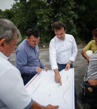 Supervisa Pedro Joaquín obras de pavimentación en diversas colonias de Cozumel