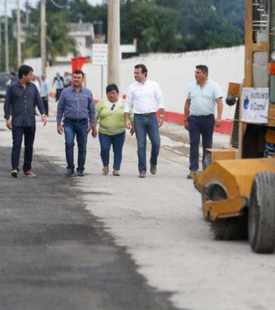 Supervisan obras de pavimentación en la colonia Maravilla de Cozumel