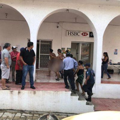 Desnudan a presuntos ladrones y los pasean por calles de Tapilula en Chiapas