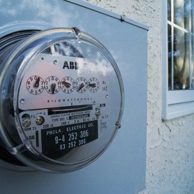 RECETA AMLO DOSIS DE REALIDAD A SUS PAISANOS: No bajarán tarifas de electricidad en sureste
