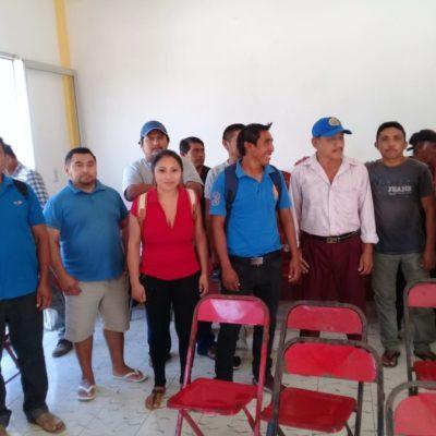 Delegados de Lázaro Cárdenas amenazan con bloquear la carretera por falta de pago de aguinaldo