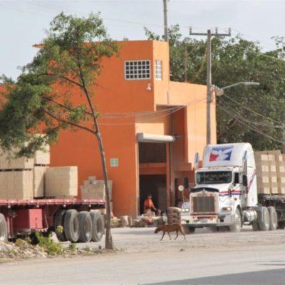 Se adueña tienda de materiales de construcción de avenida en la Región 226
