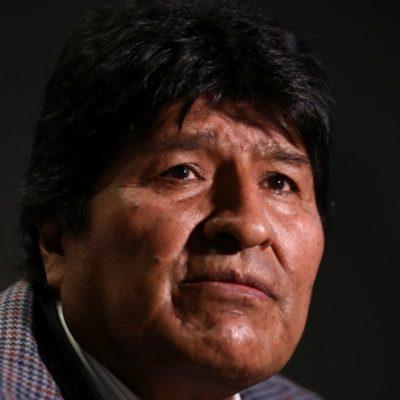 Viaja Evo Morales a Cuba donde estará unos días; posteriormente se establecería en Argentina
