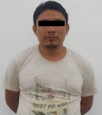 Policías persiguen y detienen a sujeto con aparatos electrónicos robados en domicilio de la Región 94 de Cancún
