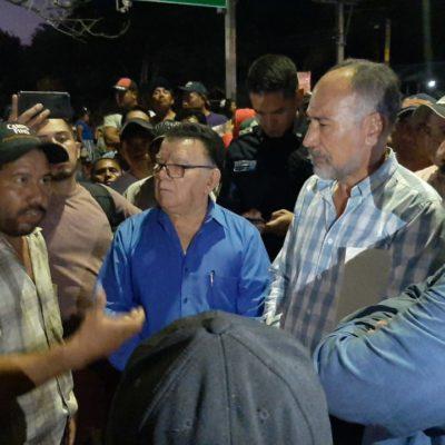 Bloquean campesinos durante dos horas entrada a Chetumal por falta de transparencia en uso de recursos de la Secretaría de Agricultura y Desarrollo Rural