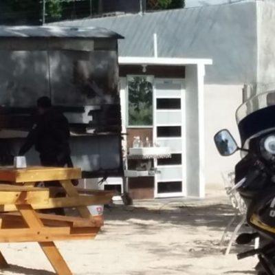 Se registra incendio en puesto de comida en Chetumal