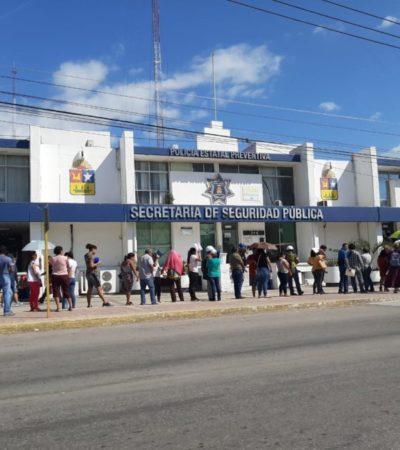 Automovilistas realizan largas filas para obtener licencia de conducir con descuento en Chetumal