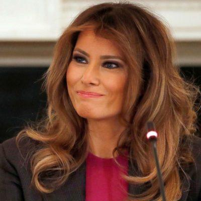 Sospecha Melania Trump que exasesor de su esposo filtró fotos de ella desnuda, según nuevo libro