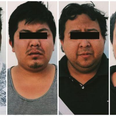 Detienen a cuatro empistolados en un auto en la salida de Cancún hacia Mérida