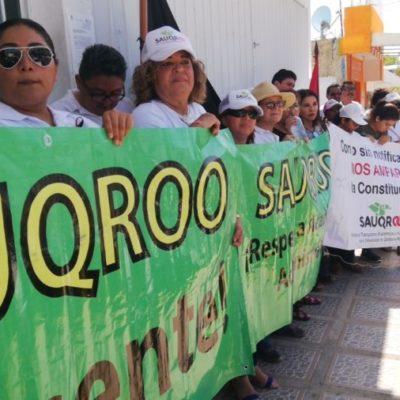 Cancelan huelga de maestros y administrativos en la UQROO y anuncian firma del contrato colectivo de trabajo