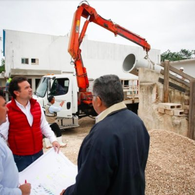 Constata Pedro Joaquín la rehabilitación de la planta de tratamiento de aguas negras en el Rastro Municipal de Cozumel