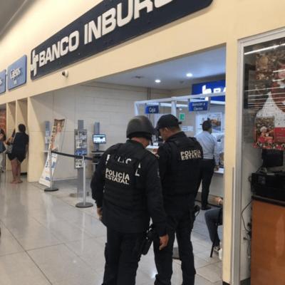 Asaltan sucursal de banco Inbursa en Plaza Las Américas y se llevan botín de 789 mil pesos