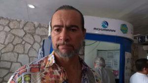 Inicia Desarrollo Urbano operativo para retirar publicidad de postes y áreas públicas sin permisos en Cancún