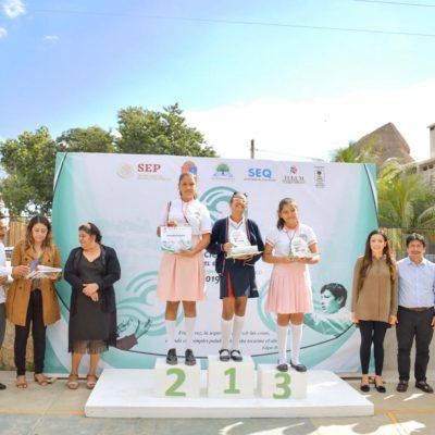 Participan 26 escuelas en concurso de declamación en Tulum