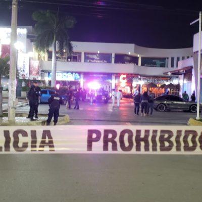 ATAQUE EN CERVECERÍA CHAPULTEPEC DE CANCÚN: Matan a dos personas en concurrido bar de la Avenida La Luna en la Plaza del Ángel