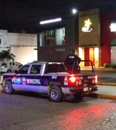 ASALTAN EL RESTAURANTE 'CARL'S JR' DE CANCÚN: Fuerte movilización policiaca en la Yaxchilán con Cobá; detienen a un presunto delincuente