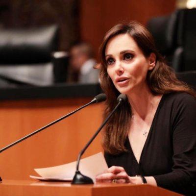 Ordena Morena separar a Lily Téllez de su bancada en el Senado por su postura crítica contra el partido