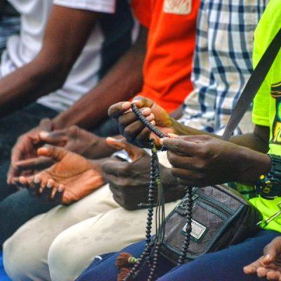 Rescatan a 46 migrantes del Congo que fueron abandonados dentro de un autobús en Tamaulipas