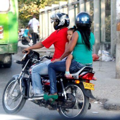 Aprueban en Yucatán prohibición de transportar infantes en motocicletas a partir de 2020