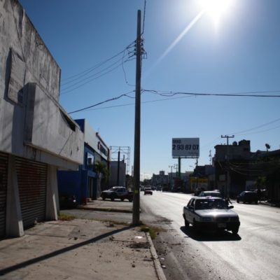 ¡UN DÍA DESPUÉS!: Tras caída de postes en la Uxmal y 10 horas de trabajo, todo regresa a la normalidad