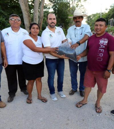 Entregan apoyo a productores del campo en Leona Vicario