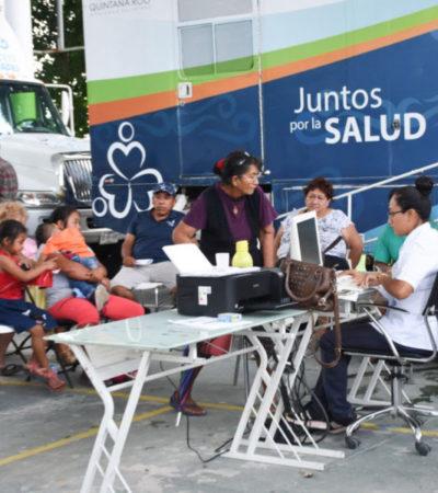 Arranca la segunda semana de atención médica gratuita en el domo de la colonia Zetina Gasca en Puerto Morelos