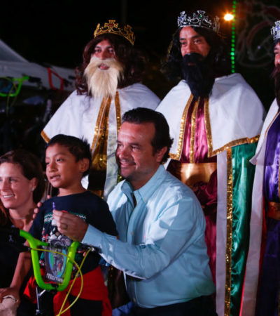 Asistieron dos mil personas a evento de Día de Reyes y al tradicional corte de rosca en Cozumel