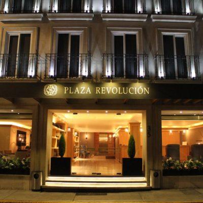 Detienen a gerente y empleada de hotel que rentaban habitaciones para secuestros en la CDMX