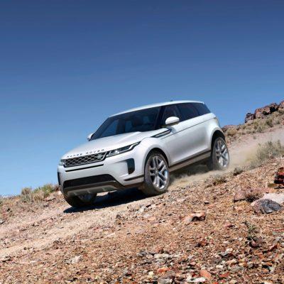 Roban 16 vehículos Land Rover a traileros que desayunaban en la autopista Veracruz-Puebla