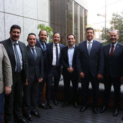 REUNIÓN DE GOBERNADORES CON LA CÚPULA DEL PAN: Carlos Joaquín y otros siete mandatarios acuerdan velar por la gratuidad de los servicios de salud