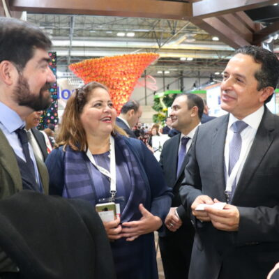 Amarra Gobernador en la Fitur nuevas rutas aéreas desde Estados Unidos hacia Cancún