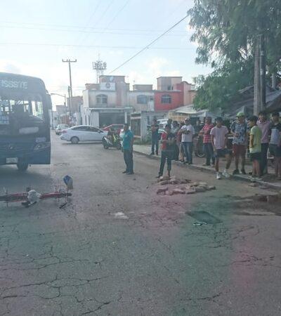 Al borde de la muerte, un ciclista tras ser arrollado por un camión de Autocar en Cancún