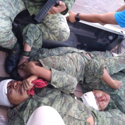 FOTOS | Vuelca camión de la Guardia Nacional en Oaxaca; saldo de tres muertos y 20 heridos