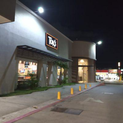 Asaltan restaurante Toks en Cancún