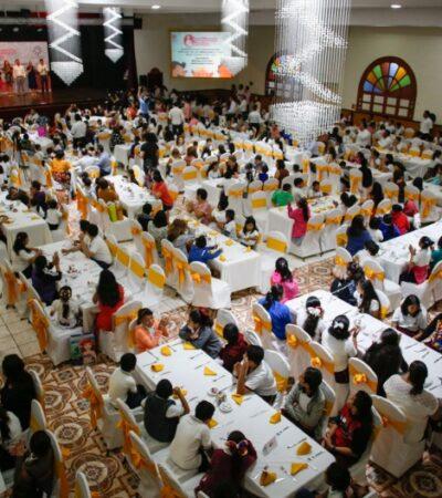 Reconoce Pedro Joaquín esfuerzo de la sociedad por sumarse al programa de Desayunos Escolares en Cozumel