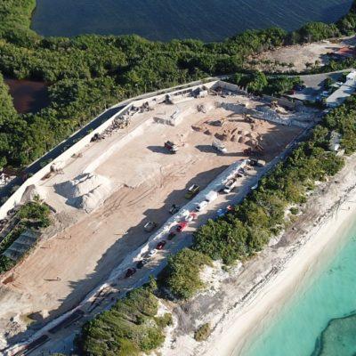 Trabajan a marchas forzadas para iniciar construcción del hotel Riviera Cancún
