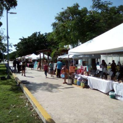 """Participan artesanos mexicanos en la exposición """"Paseo por las Artes y la Cultura"""" en Cancún"""