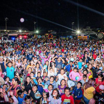 Festeja Ayuntamiento de Isla Mujeres a niños en Festival de Día de Reyes