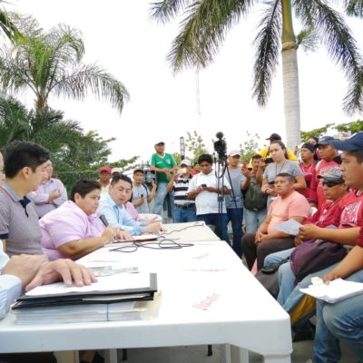 Logran acuerdo para reanudar servicio de recoja de basura en Solidaridad tras reclamos de trabajadores