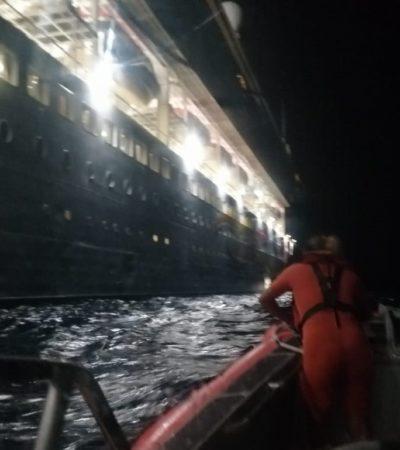 Evacúan de crucero a pasajero estadounidense con problemas cardíacos en cercanías de Isla Mujeres